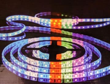 REMOTE CONTROL RGB LIGHTING STRIP 5M witH 3 pin UK ADAPTOR - 60 led's a metre